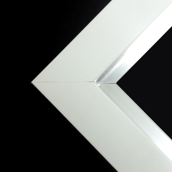white_frame